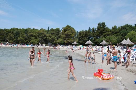 Pakostane Buzakovina beach sand