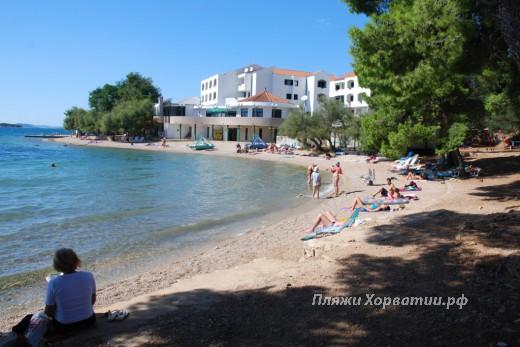 Pirovac hotel Miran beach 2