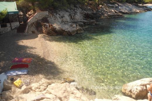 Primosten Beach raduca vela _wild_pebble